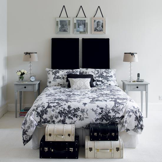 Black And White Decorating Ideas For Bedroom Design Bedding Set Wall Decorations Storage Trunks