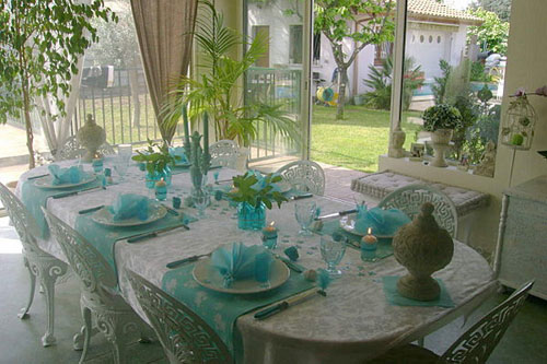 Remarkable Table Decoration With Flowers And Feathers In White And Home Interior And Landscaping Synyenasavecom