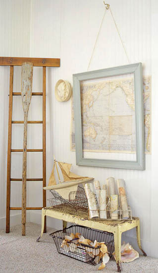 Empty Picture Frames, Framing Objects, Bold Wall Decor Ideas