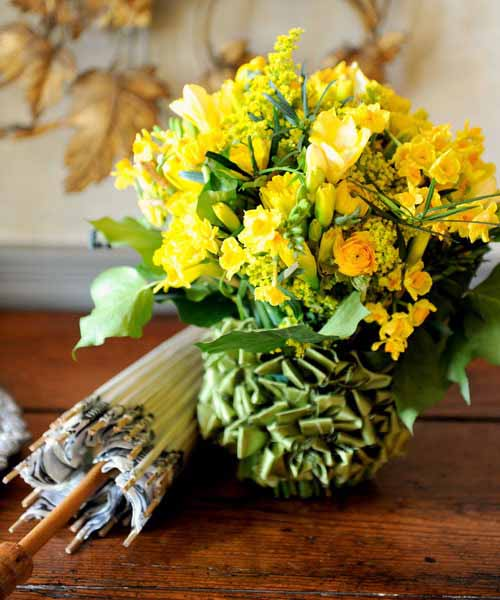 Yellow Flower Centerpieces For Eco Friendly Table Decoration