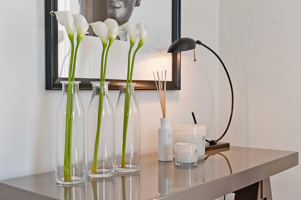 Modern Interior Decorating And Home Staging Trends For 2012 From Kelly Hoppen