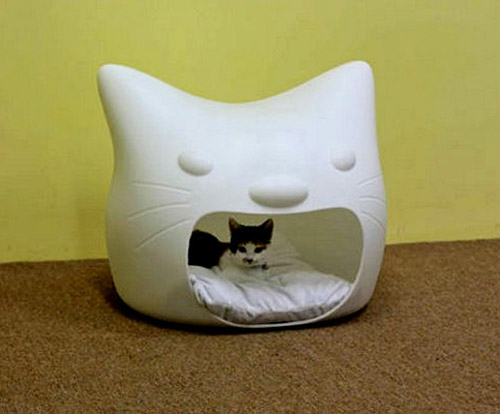 White Cat House Creative Pet Furniture Design Ideas