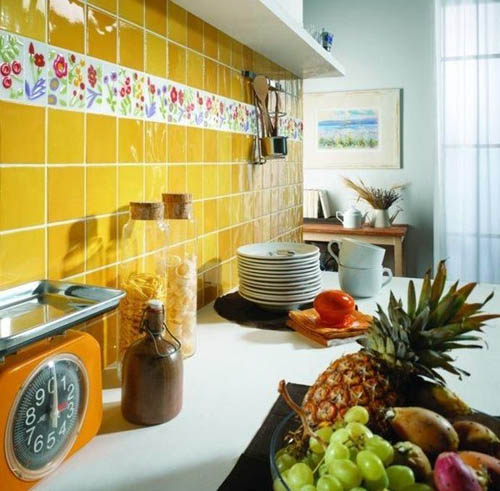 Hand Painted Wall Tiles, Simple Ways to Decorate Old Bathroom and ...