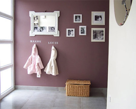 Simple Geometric Shapes, Circles, Squares, Any Shape Really, And Using  Ordinary Picture Frames For Empty Wall Decoration Are Smart Ways To Design  Simple, ...