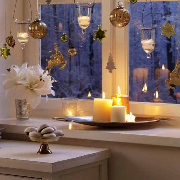 20 beautiful window sill decorating ideas for christmas and new years eve party - Window Sill Christmas Decorations