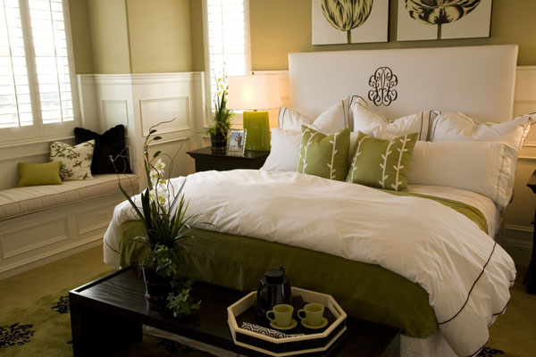 10 feng shui cures you have at home simple feng shui tips. Black Bedroom Furniture Sets. Home Design Ideas