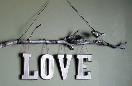 wall decoration in silver color