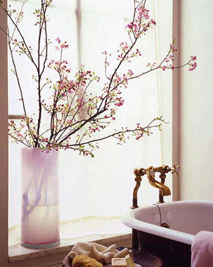 Floral Home Decorating Ideas: 15 Floral Arrangements With Flowering Branches, Spring