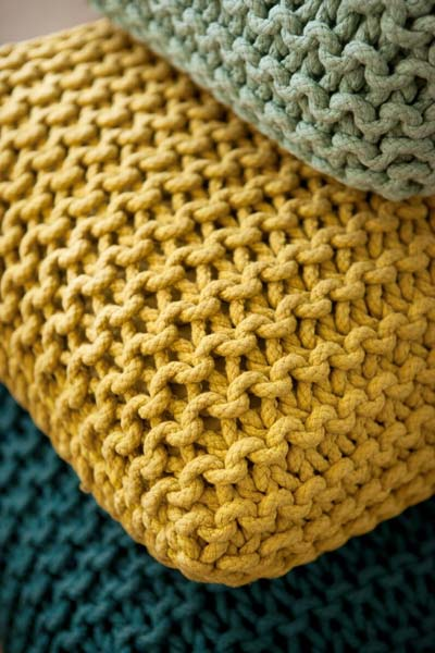 kniting and crochet home decor accessories