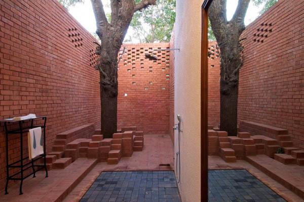 Brick and Wood in Modern Houses, Brick Kiln House Design