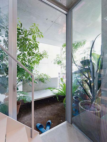 Glass House Design With Indoor Garden By Ryue Nishizawa