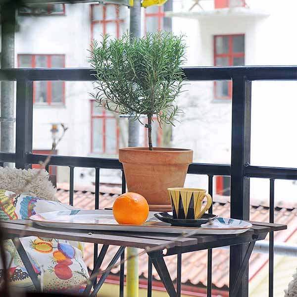 15 Creative Garden Ideas You Can Steal: 15 Green Decorating Ideas For Small Balcony, Spring Decorating