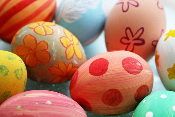 polka dot and floral designs for easter egg decoration