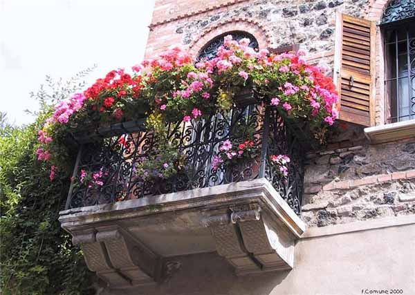 bright balcony decorating with flowers 20 blooming balcony designs