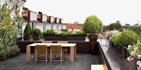 Large Terrace Balcony Design With Dining Furniture Made Of Wood Ideas For Decorating A Green Plants And Flowers