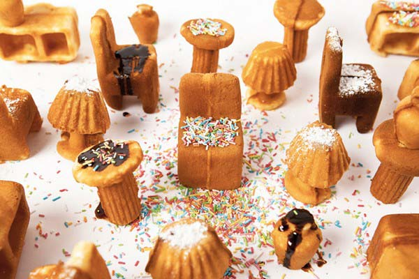 miniature cakes that look like furniture pieces