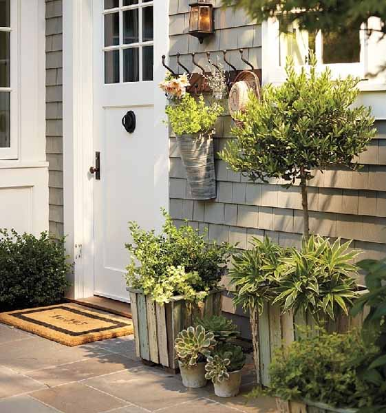 Improving Your Home Front Appeal 15 Beautiful Yard Decorating Ideas