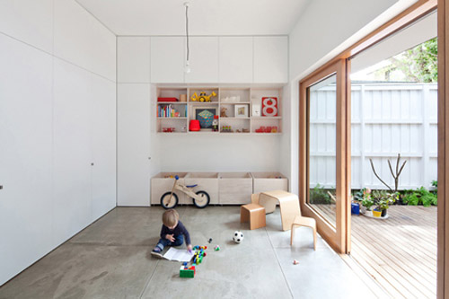 A Part Of An L Shaped Living Room With Sliding Walls Large Windows And Skylights Bring Lots Light Inside The House Creating Pleasant Interiors