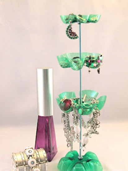 How to Recycle Plastic Bottles, Jewelry Organizer, Simple