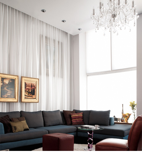 5 Living Rooms That Demonstrate Stylish Modern Design Trends: 5 Stylish Ways To Use Draperies, Modern Interior Design