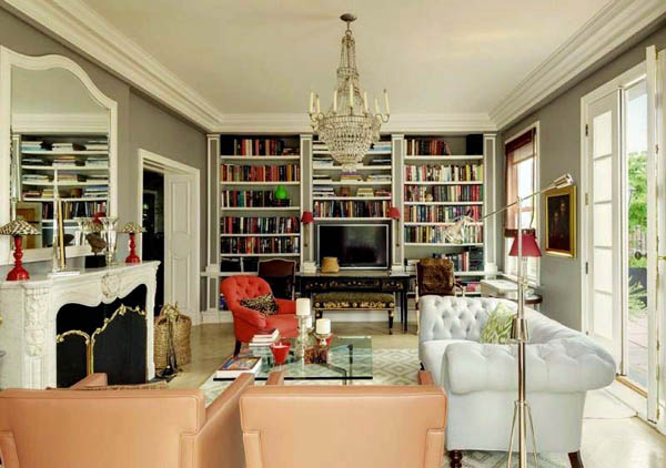 living room design with vintage furnishings