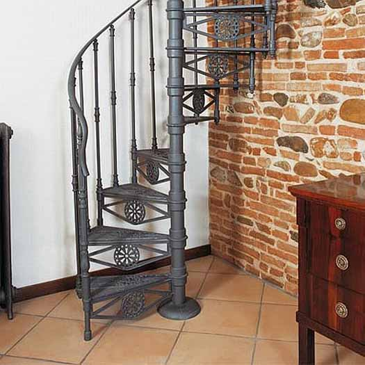 Pictures Of Metal And Wooden Spiral Stairs From Italian Companies AGA,  MIRA, TRIO, PHOLA, MODUS.