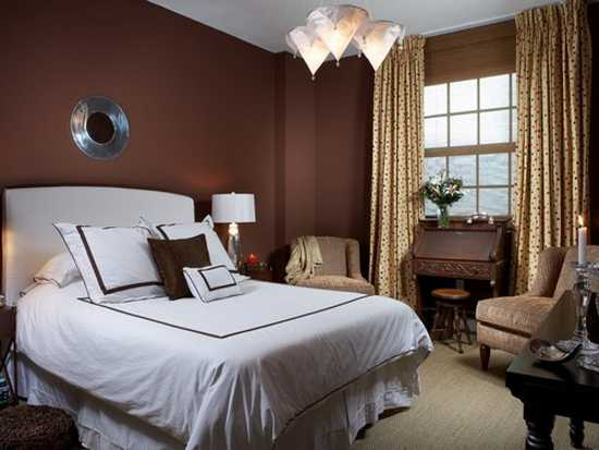 Brown Wall And White Bedding Modern Bedroom Decor