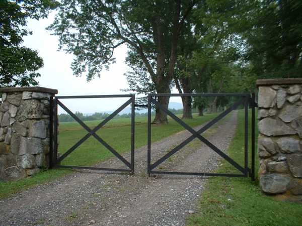country home driveways with gates