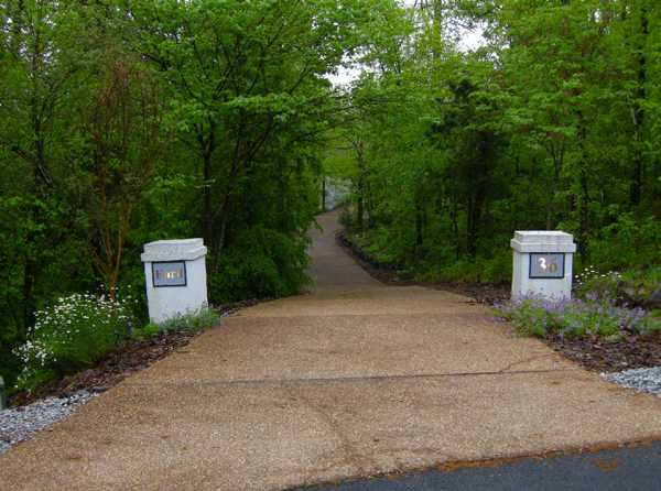 Simple Driveway Entrance Landscaping