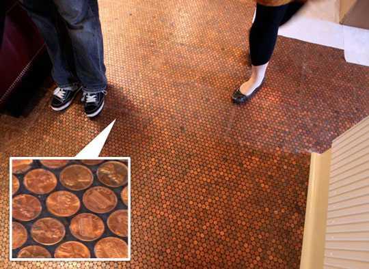 Gorgeous Small Bathroom Design With Penny Tiled Floor Diy Bathroom