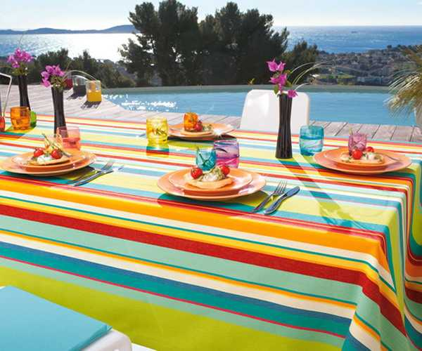 Bright Table Cloth With Colorful Stripes, Pool Party Table Decoration Ideas