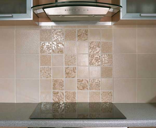 33 amazing backsplash ideas add flare to modern kitchens with colors. Black Bedroom Furniture Sets. Home Design Ideas