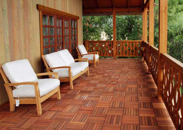 4 stylish outdoor flooring materials present contemporary for Porch tiles designs for houses