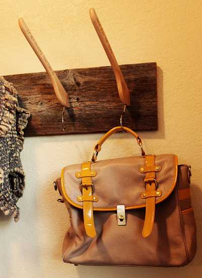 handmade wall rack for handbags and hats