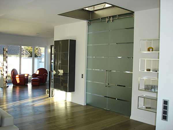 ... In A Home Office Or Home Library. Glass Partitions And Room Dividers  Look Amazing, Stylish And Light, Enhancing Modern Interior Design And Decor.