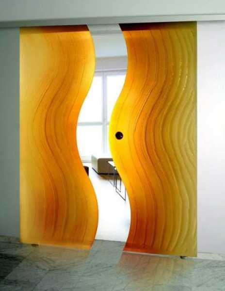 yellow glass doors with wavy decoration pattern