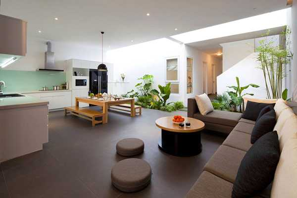 Gentil Contemporary House With Indoor Plants