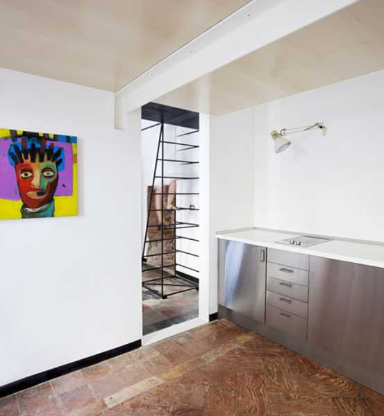 Unique And Creative Staircase Designs For Modern Homes: Unique Metal Staircase Design Allows Adding New Bedroom To
