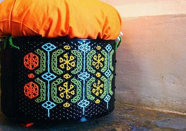 poufs made of recycled washing machine drums