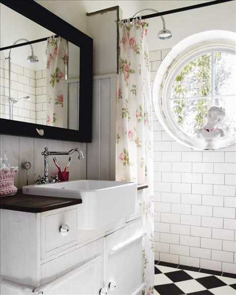 25 Charming Shabby Chic Decoraitng Ideas Blending Light Room Colors