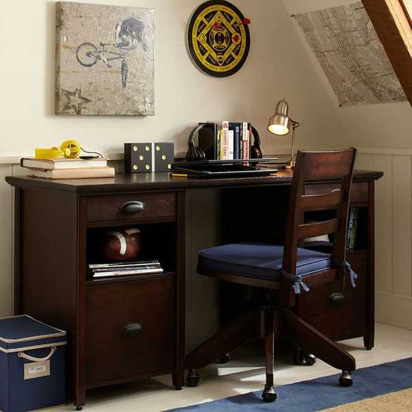 Student Desk And Chair Made Of Wood