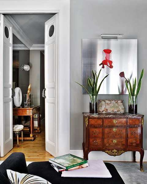 Wall Mirrors Reflecting 25 Gorgeous Modern Interior Design ...