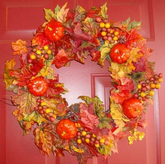 5 Eco Friendly Halloween Decoration Ideas: 22 Handmade Door Wreaths, Recycling Ideas For Eco Friendly