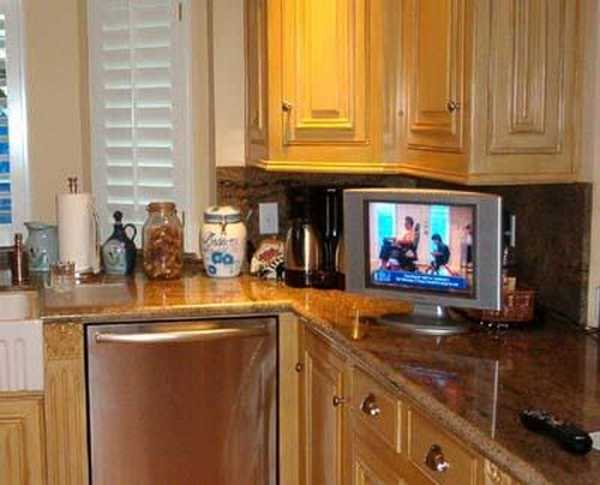 7 modern kitchen design trends stylishly incorporating tv sets into kitchen interiors. Black Bedroom Furniture Sets. Home Design Ideas