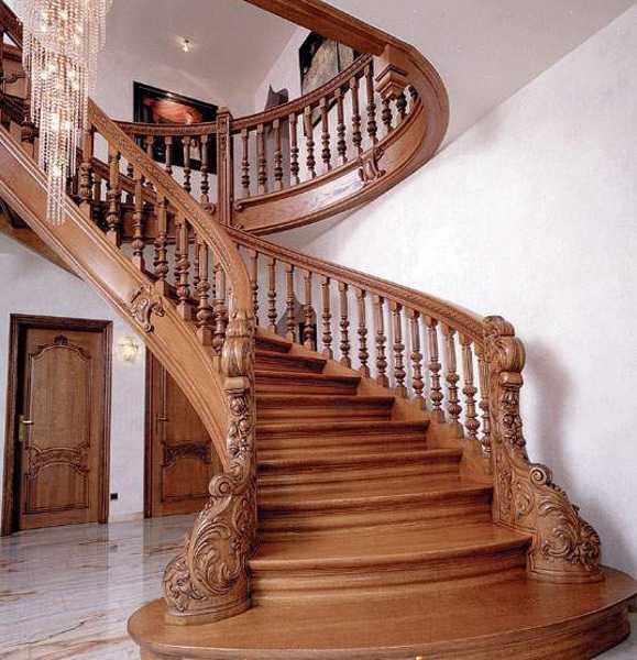 Wooden Staircases: 33 Staircase Designs Enriching Modern Interiors With