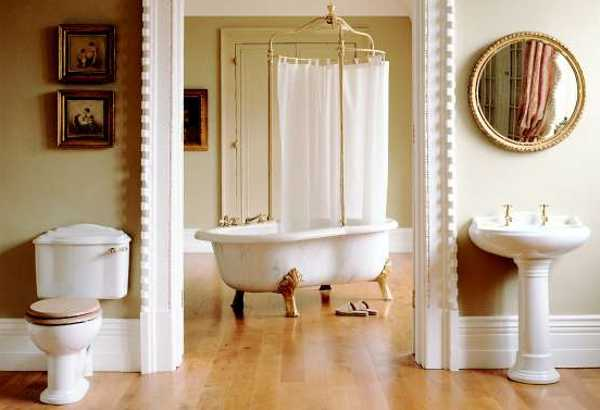 11 Easy Ways To Make Your Rental Bathroom Look Stylish: Claw Foot Tubs Adding 19th Century Chic To Modern Bathroom