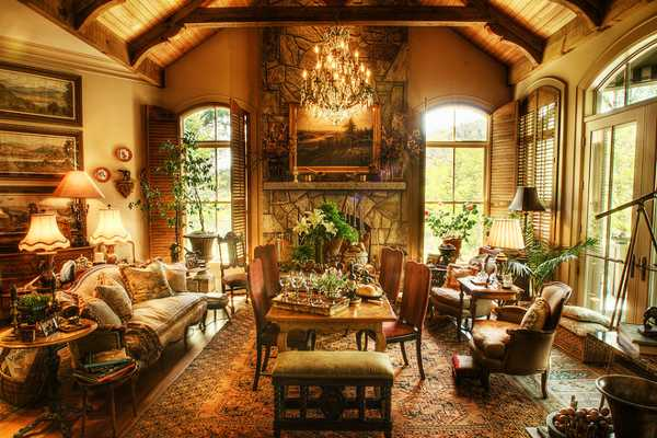 Rich Interior Design and Decor in Vintage Style Enhanced by Gorgeous ...