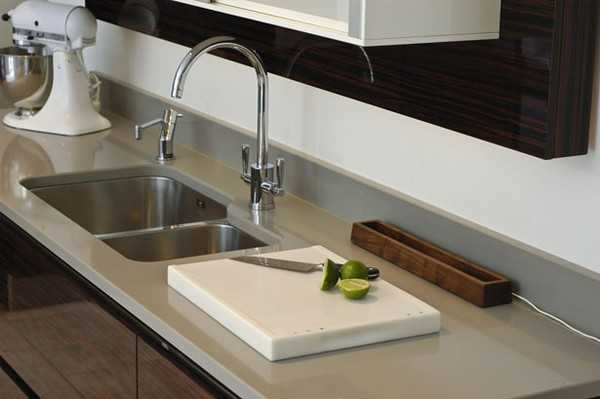 Modern Kitchen Sinks Adding Decorative Accents to Functional Kitchen ...
