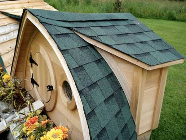 https://www.lushome.com/wp-content/uploads/2012/11/wooden-chicken-coop-design-ideas-3.jpg