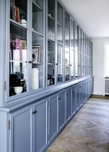blue paint for modern kitchen design